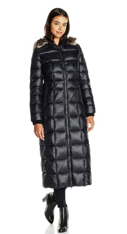 Long Maxi Down Coat With Faux Fur Ruff Raluca Fashion